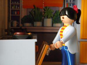 jugar-a-cocinitas-de-madera